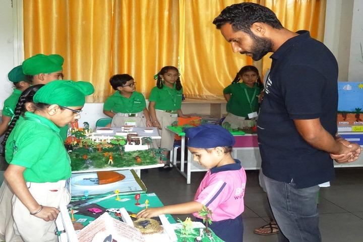 Braintree World School-Science Exhibition