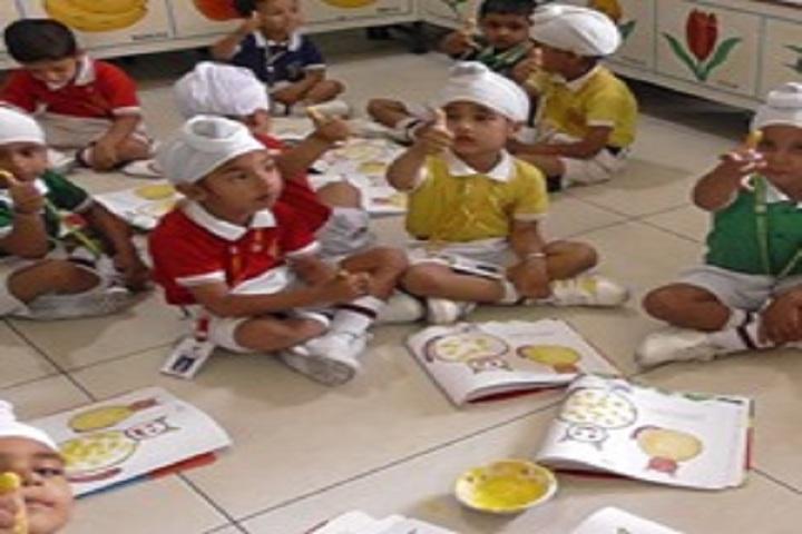 Broadway Public School-Kindergarten Activity