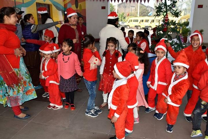 Cambridge Global School-Christmas Celebrations