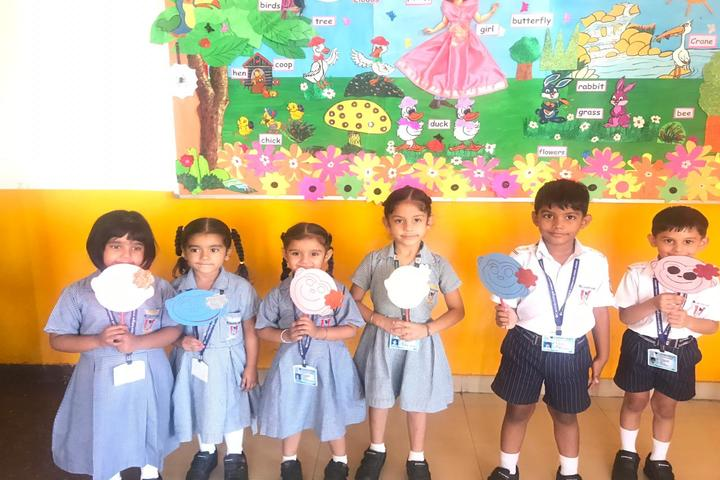 Cambridge International School-Art And Craft