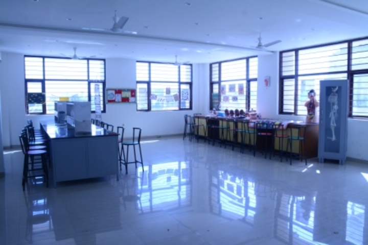 Cambridge International School-Biology Lab