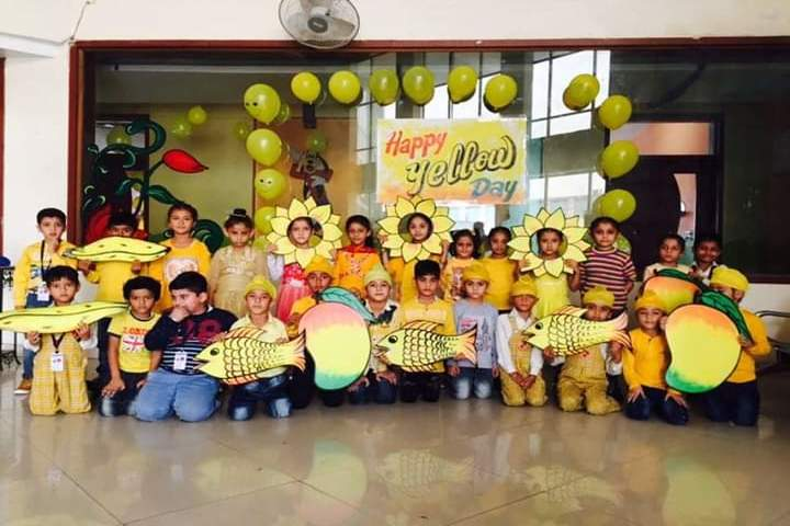 Cambridge International School-Yellow Day