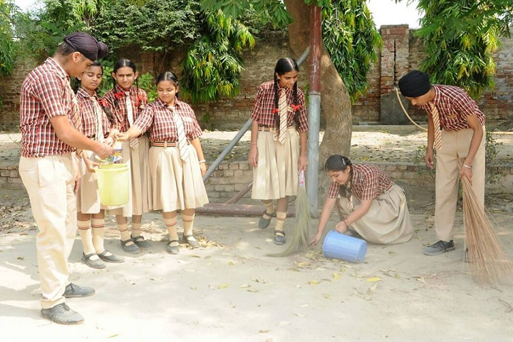 Chanakya School-Cleaness Drive