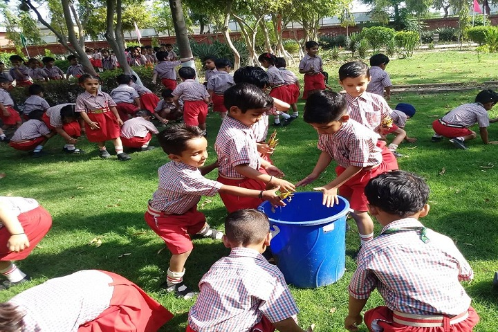 Clay India International School-Cleaness Drive
