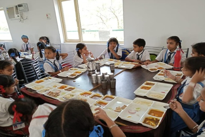 Cms Guru Kashi Public School-Dinning Hall