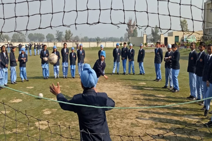 CMS Guru Kashi Public School-Football Training