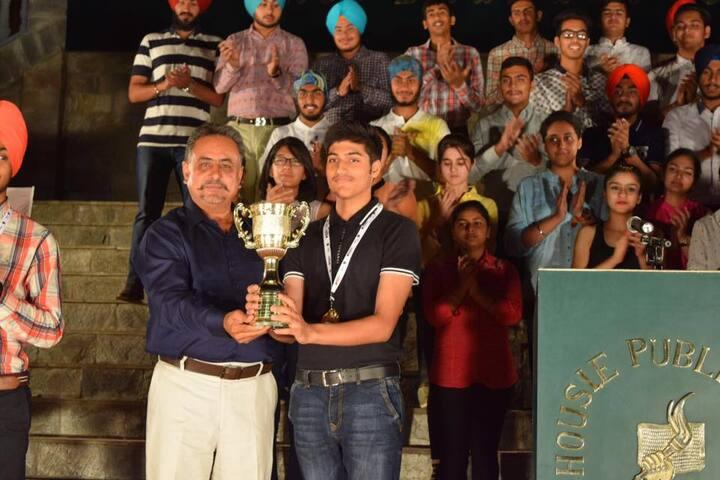 Dalhousie Public School-Award Prasentation