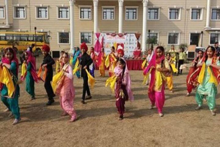 Darrick International School-Dance