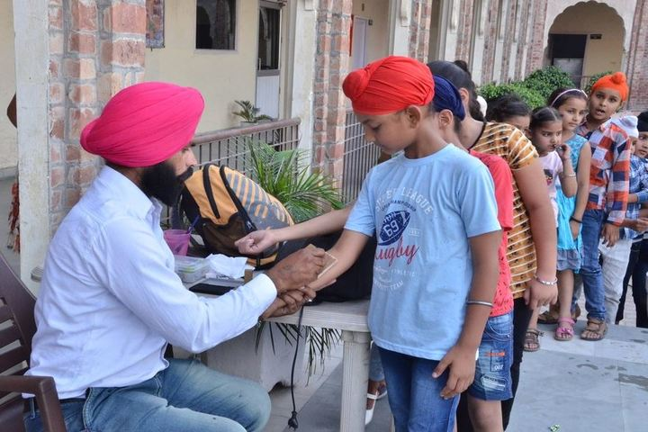 Dashmesh Parivar International School-Medical Check Up