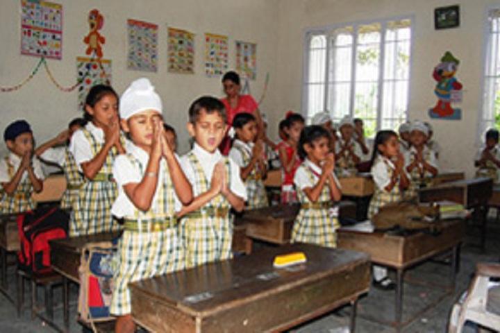Dashmesh Parivar International School-Classroom