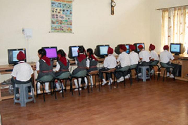 Dashmesh Parivar International School-Computer Lab