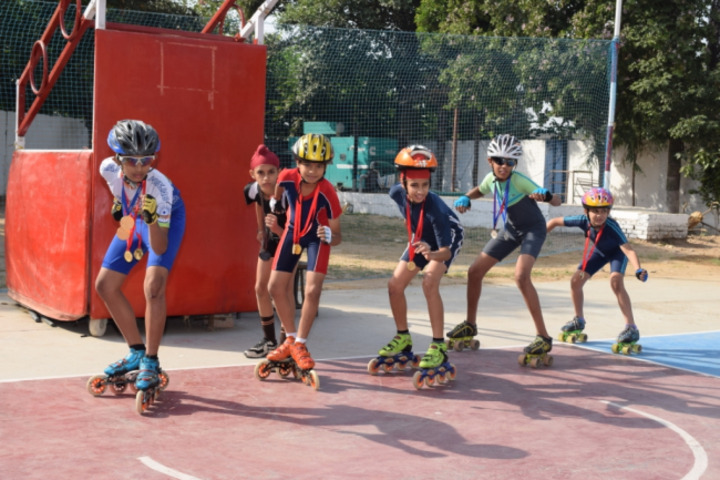 Dav Public School-Skating