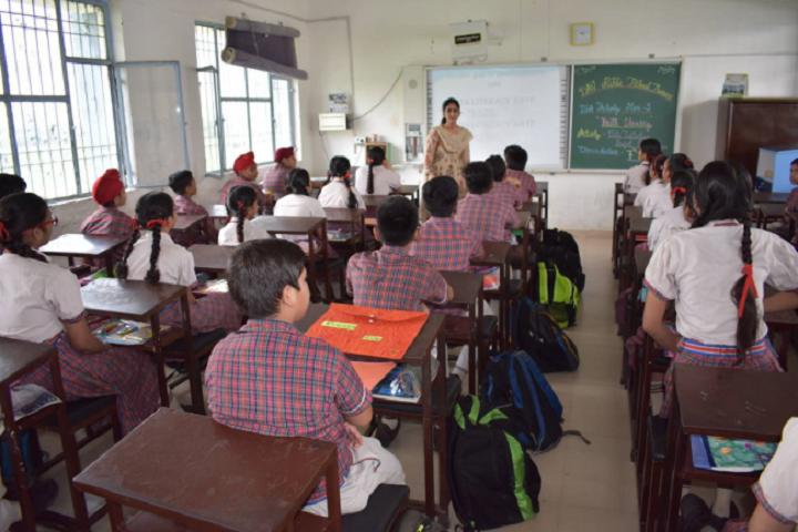 DAV Public School-Classrooms