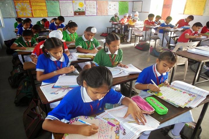 Dav Public Senior Secondary School-Classroom