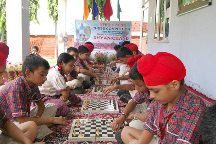 Dav Public Senior Secondary School-Indoor Games