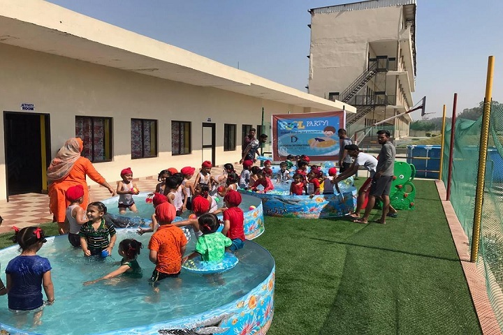 Dawindra International Public School-Splash Pool