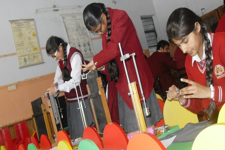 Dayanand Model School-Physics Lab