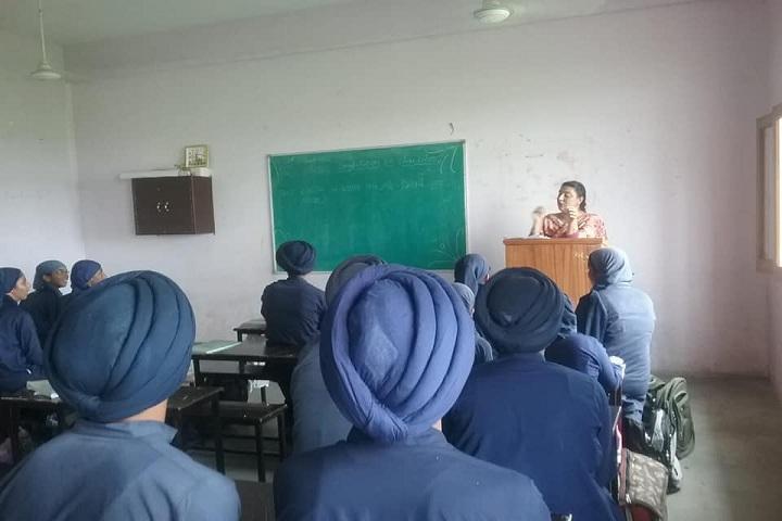 Deewan Toddar Mall Public School-Classroom