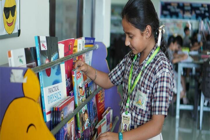 Delhi International School-Library
