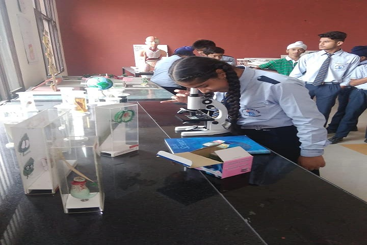 Desh Bhagat Global School-Physics Lab