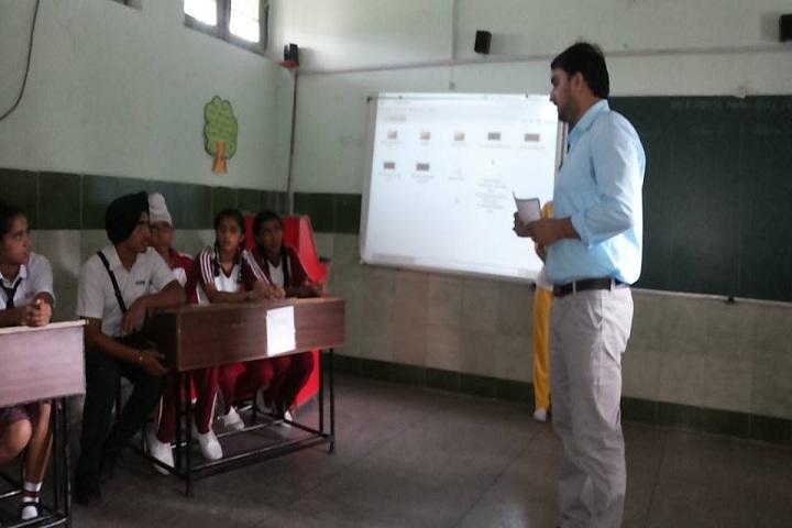 Dhilwan International Public School-Classroom