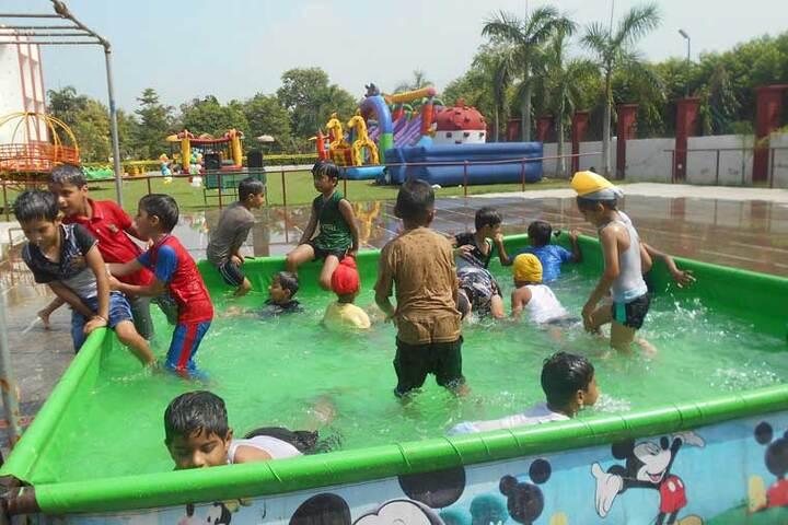 Doon Public School-Swimming Pool