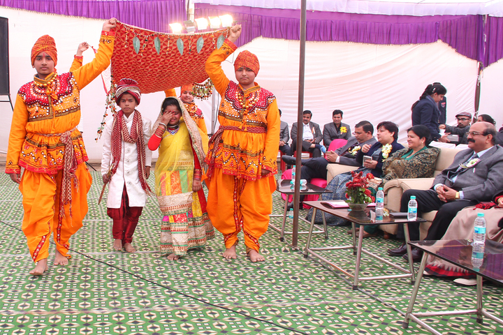 Dr Daulat Ram Bhalla Dav Centenary Public School-Drama