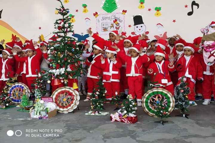 Everest Public Senior Secondary School-Christmas Celebration