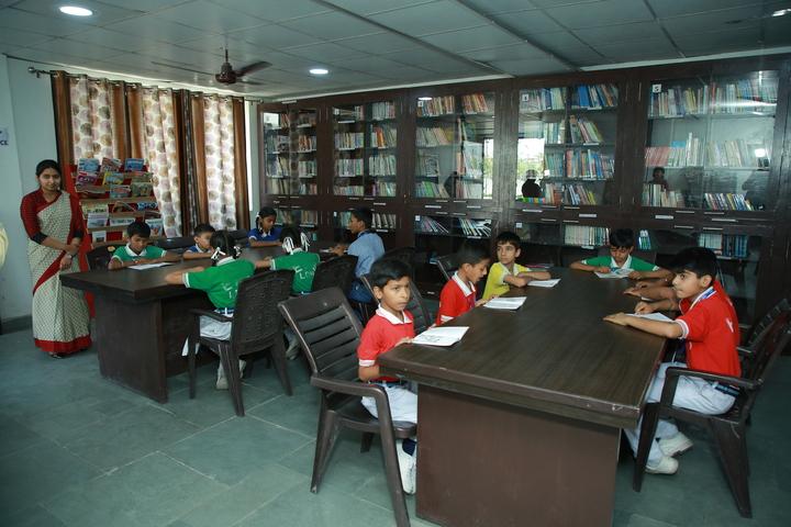 Everest Public Senior Secondary School-Library