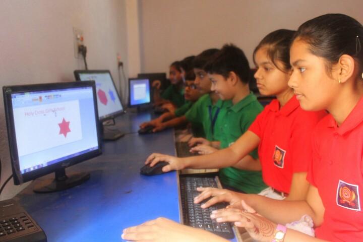 Holy Cross School-Computer Lab