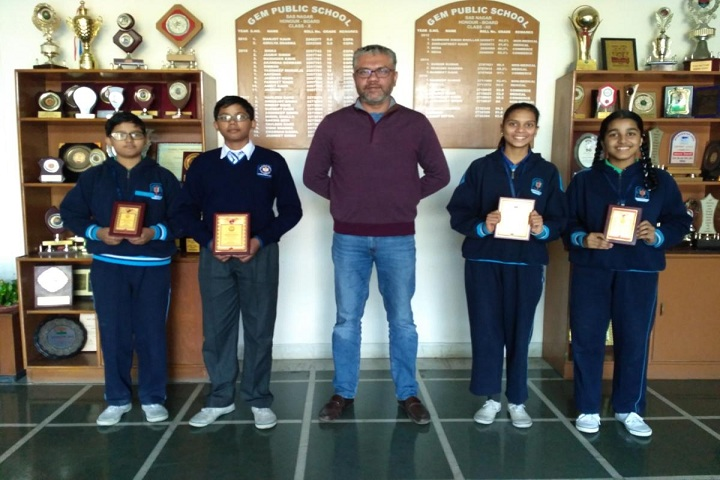 Gem Public School-Award Receiving