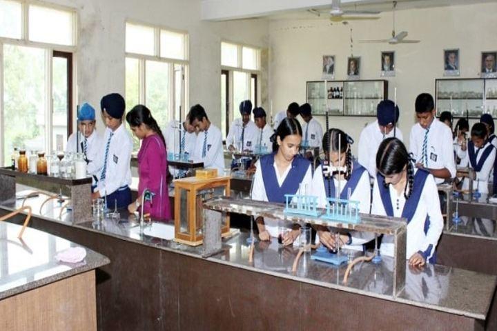 Gn Convent School-Laboratory