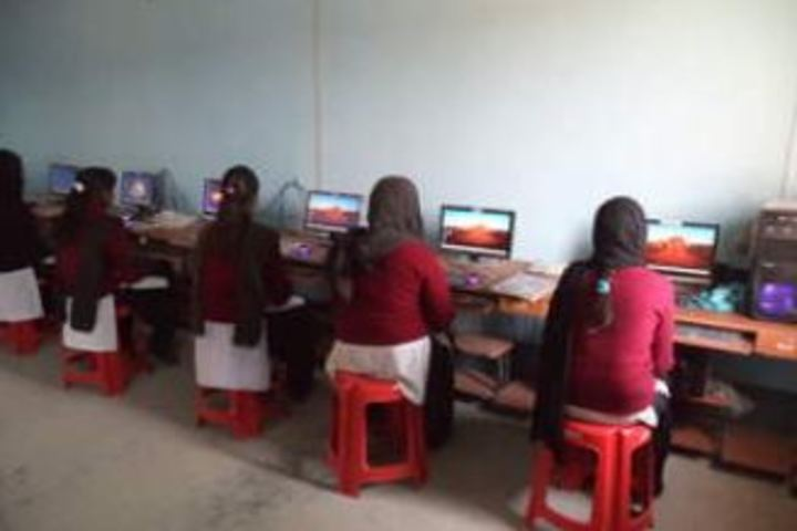 Holy Family Public School-Computer Lab