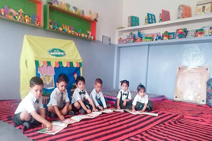 Green Field Convent School-Activity Class