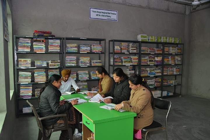Green Field Convent School-Library