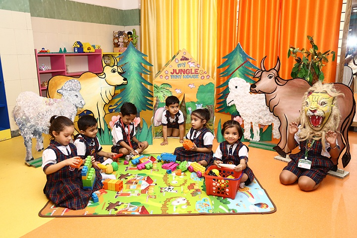 Green Land Convent School-Toy Room