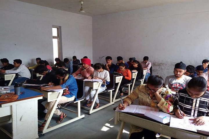 Gurdaspur Public School-Classrooms