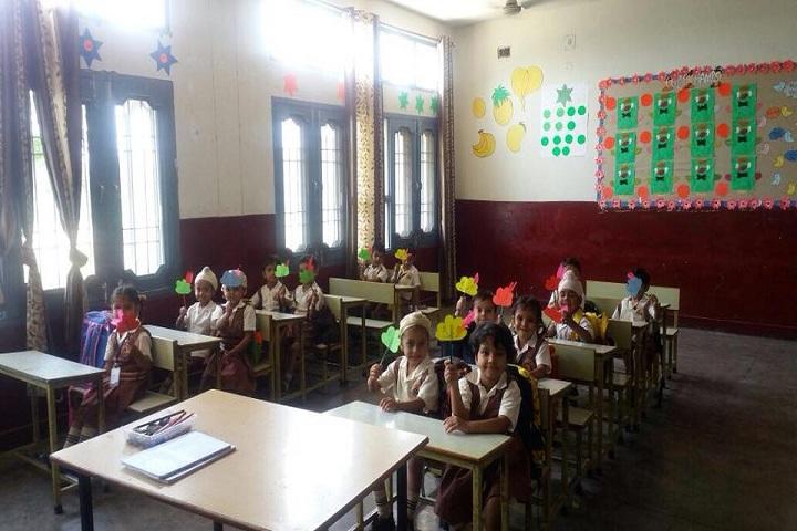 Guru Gobind Singh Vidya Mandir Senior Secondary School-Primary Classroom