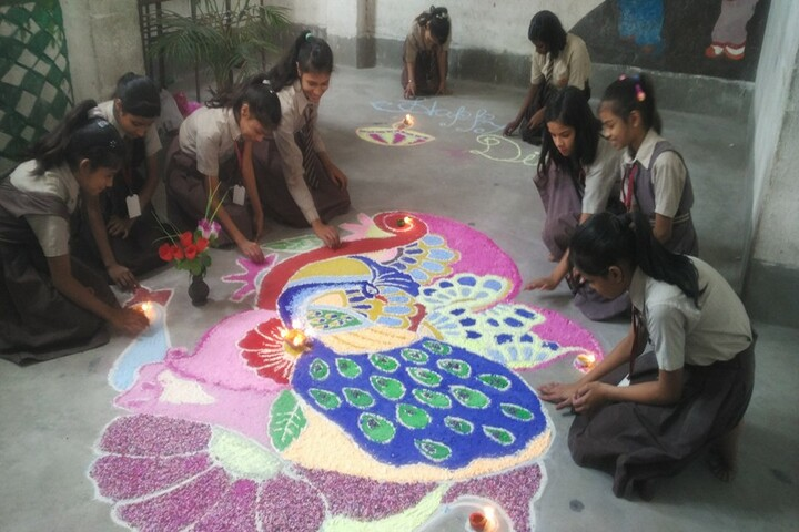 Holy Public School-Rangoli Competition