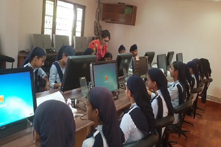 Guru Nanak Dev Academy-IT Lab