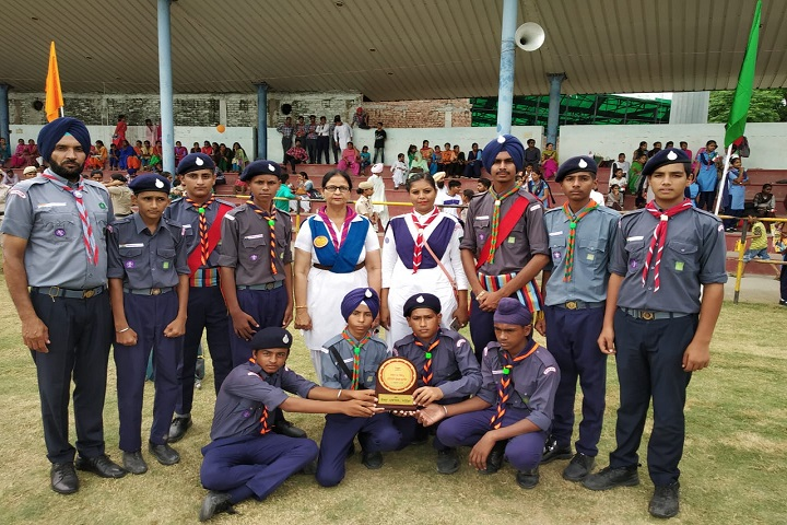 Guru Nanak Dev Public Senior Secondary School-NCC