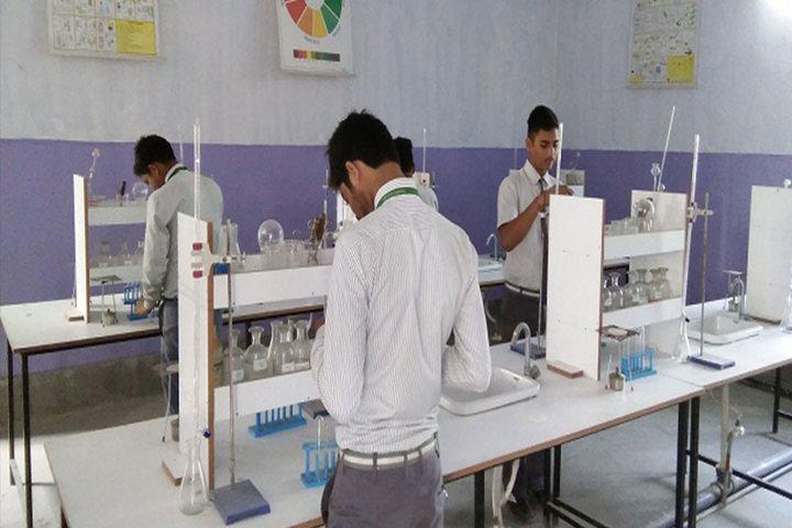 Hr Imperial Public School-Chemistry Lab