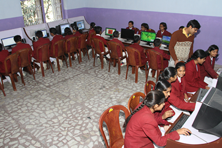 Hr Imperial Public School-Computer Lab