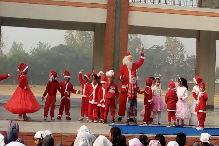Guru Nanak Foundation Public School-Chirstmas Celebrations