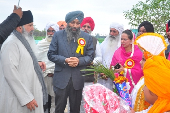 Guru Nanak International School-Ceremony