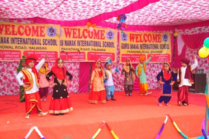 Guru Nanak International School-Dance Event