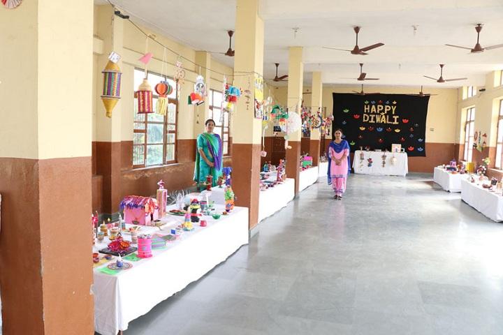 Guru Nanak Mission Public Senior Secondary School-Diwali Event