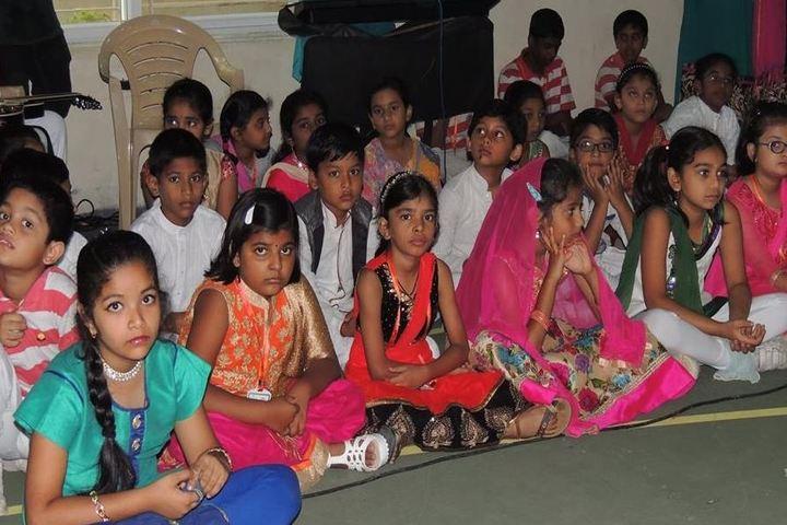 Ambitus World School-Students