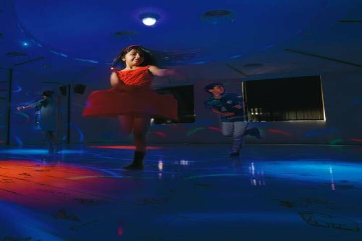 Ambitus World School-Dance