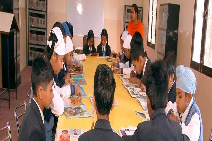 Holy Heart School-Library